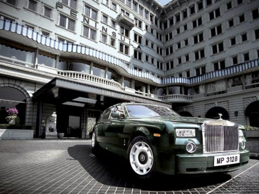 The Peninsula Hong Kong Buys Fourteen Rolls Royce Phantoms