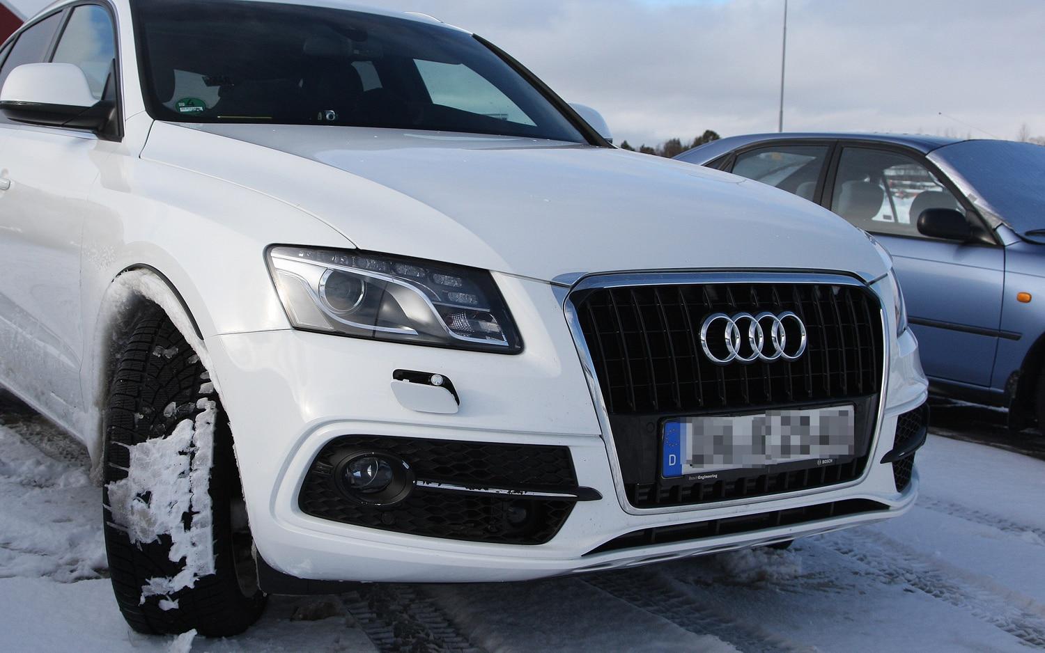 Caught Refreshed Audi Q5 Shows Off Revised Grille