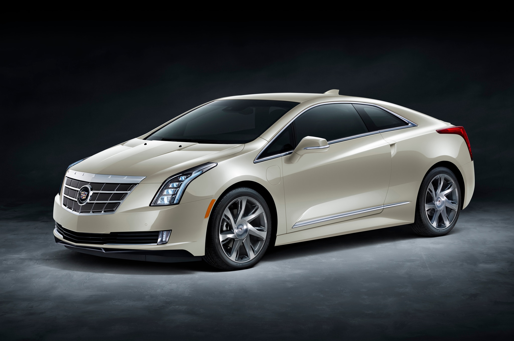 2014 cadillac elr special edition joins saks fifth avenue