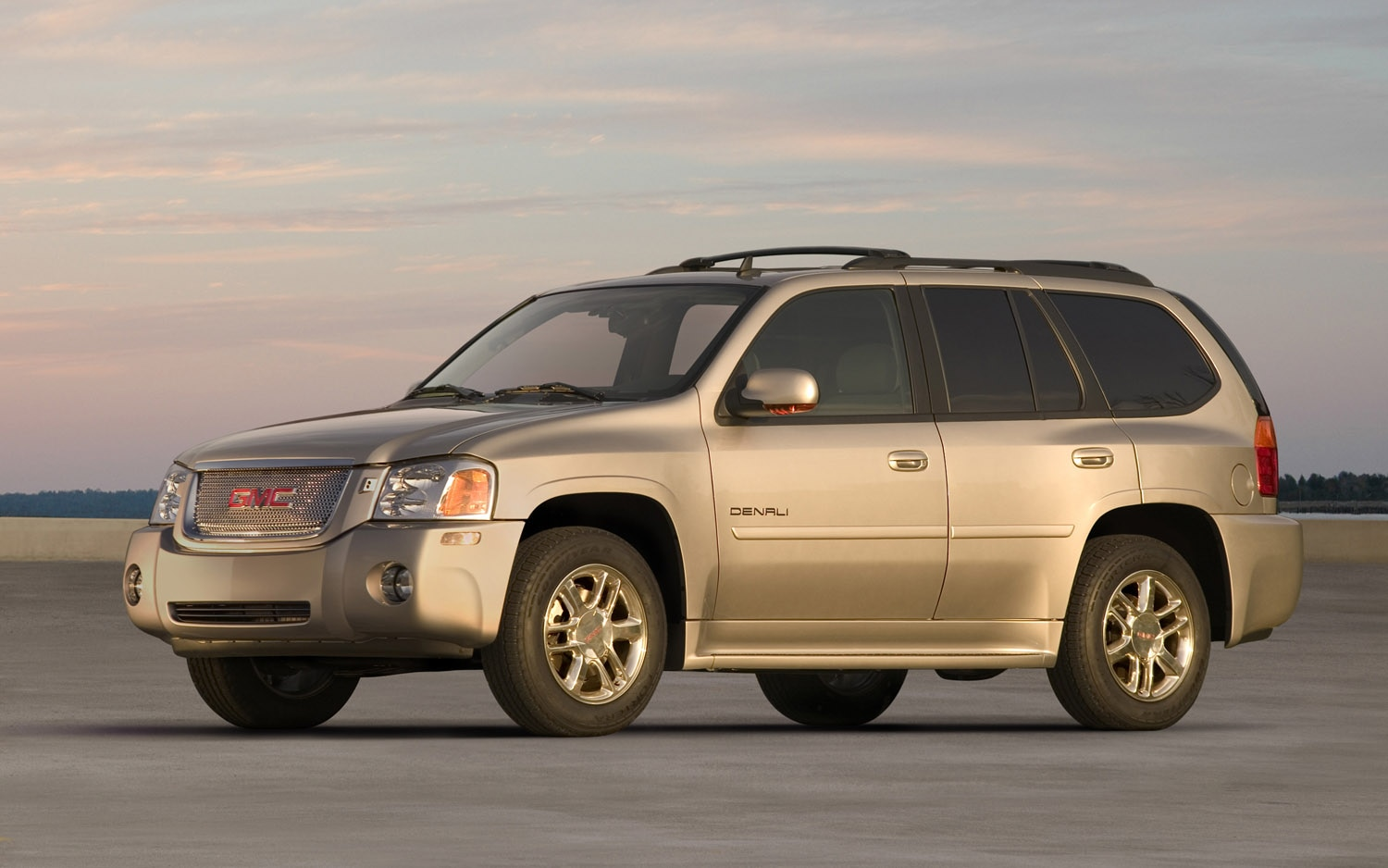 gm recalls 7 3 million more cars for ignition switch fault gm recalls 7 3 million more cars for