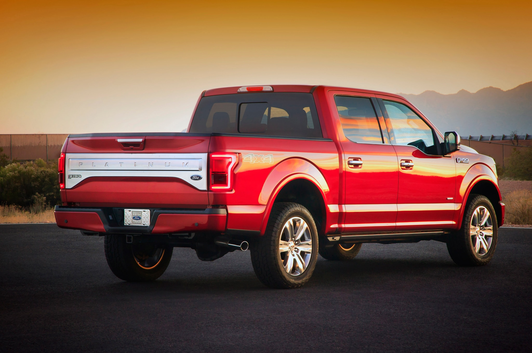 5 Cool New Features On The 2015 Ford F 150