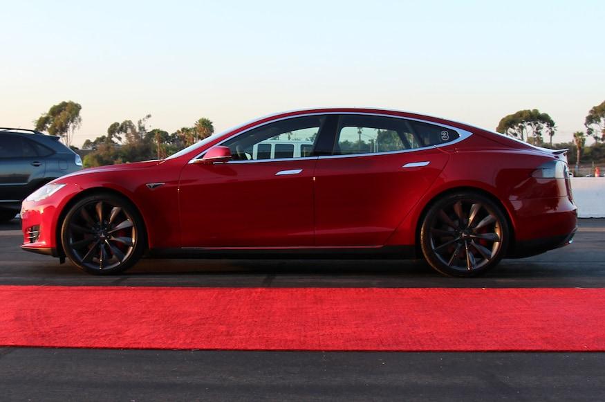 2015 Tesla Model S Adds All Wheel Drive 60d 85d P85d