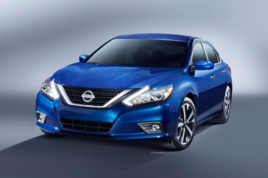 Nissan Maxima Mpg >> 2016 Nissan Altima Updated With Maxima Like Design Improved