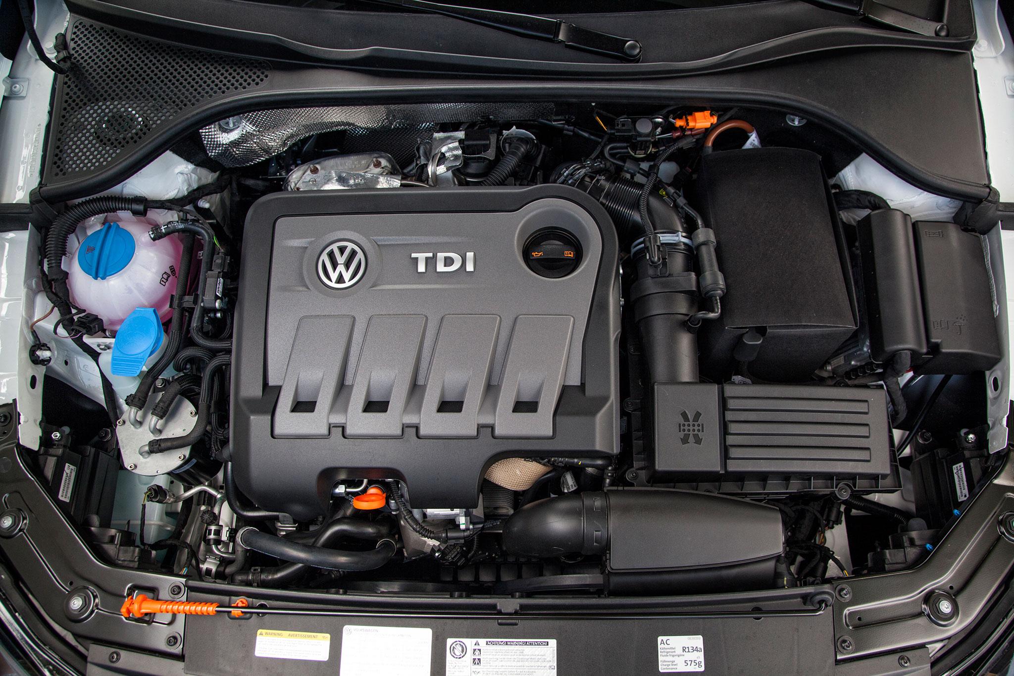 Report: Volkswagen Passat Diesel Recall Halted in Europe