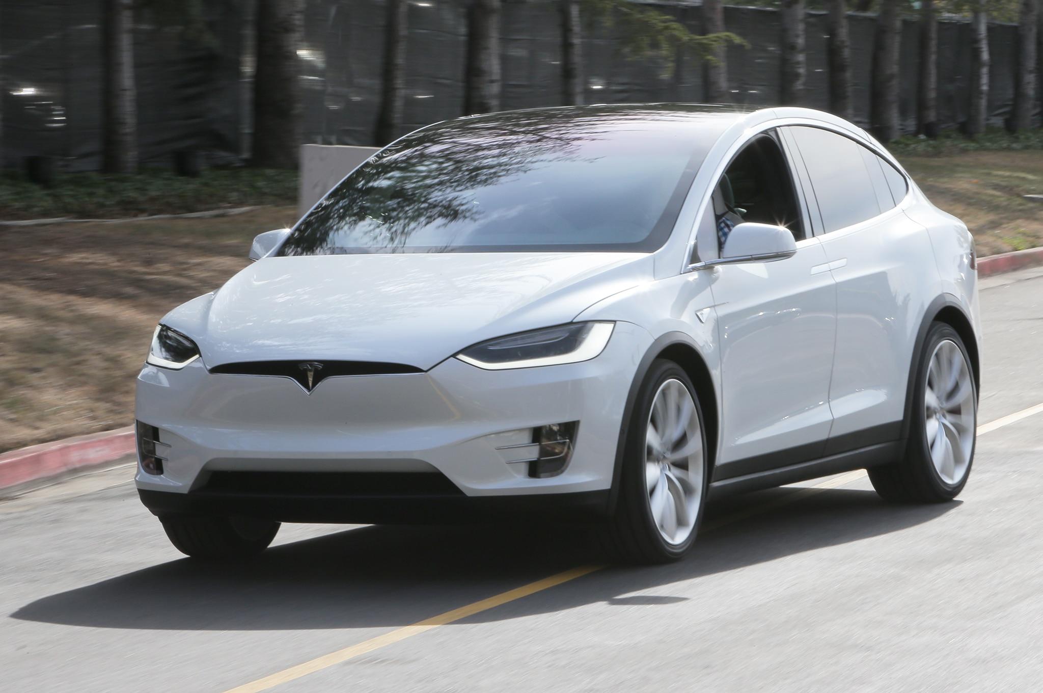 Quick Take 2016 Tesla Model X P90d