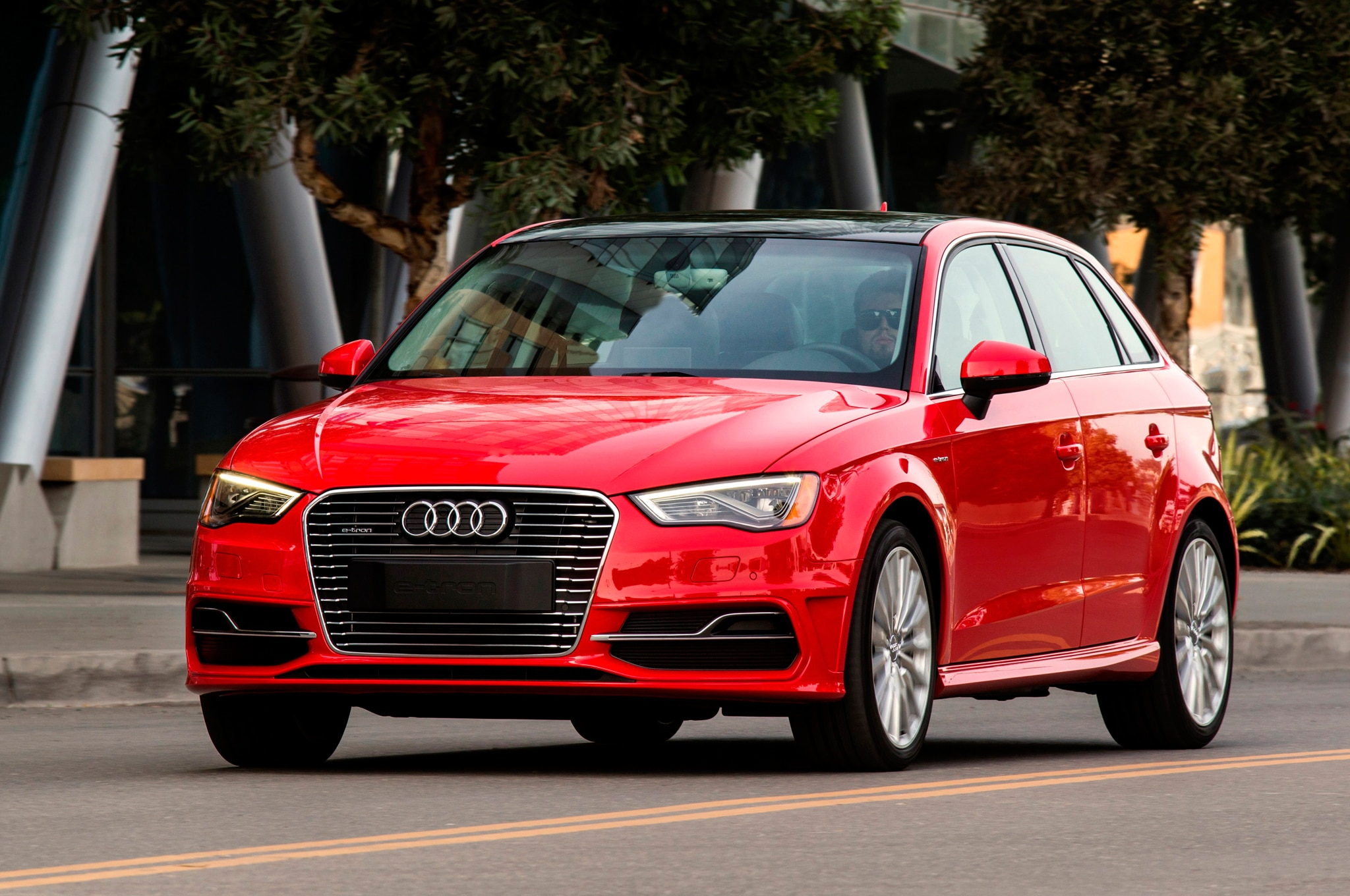 2016 audi a3 sportback e tron review motortrend. Black Bedroom Furniture Sets. Home Design Ideas