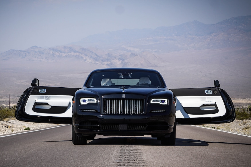 Rolls Royce Black Badge >> 2017 Rolls Royce Wraith Black Badge 13 Things To Know