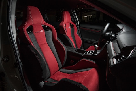 Astounding Pro Racers Take 2017 Honda Civic Type R Automobile Creativecarmelina Interior Chair Design Creativecarmelinacom