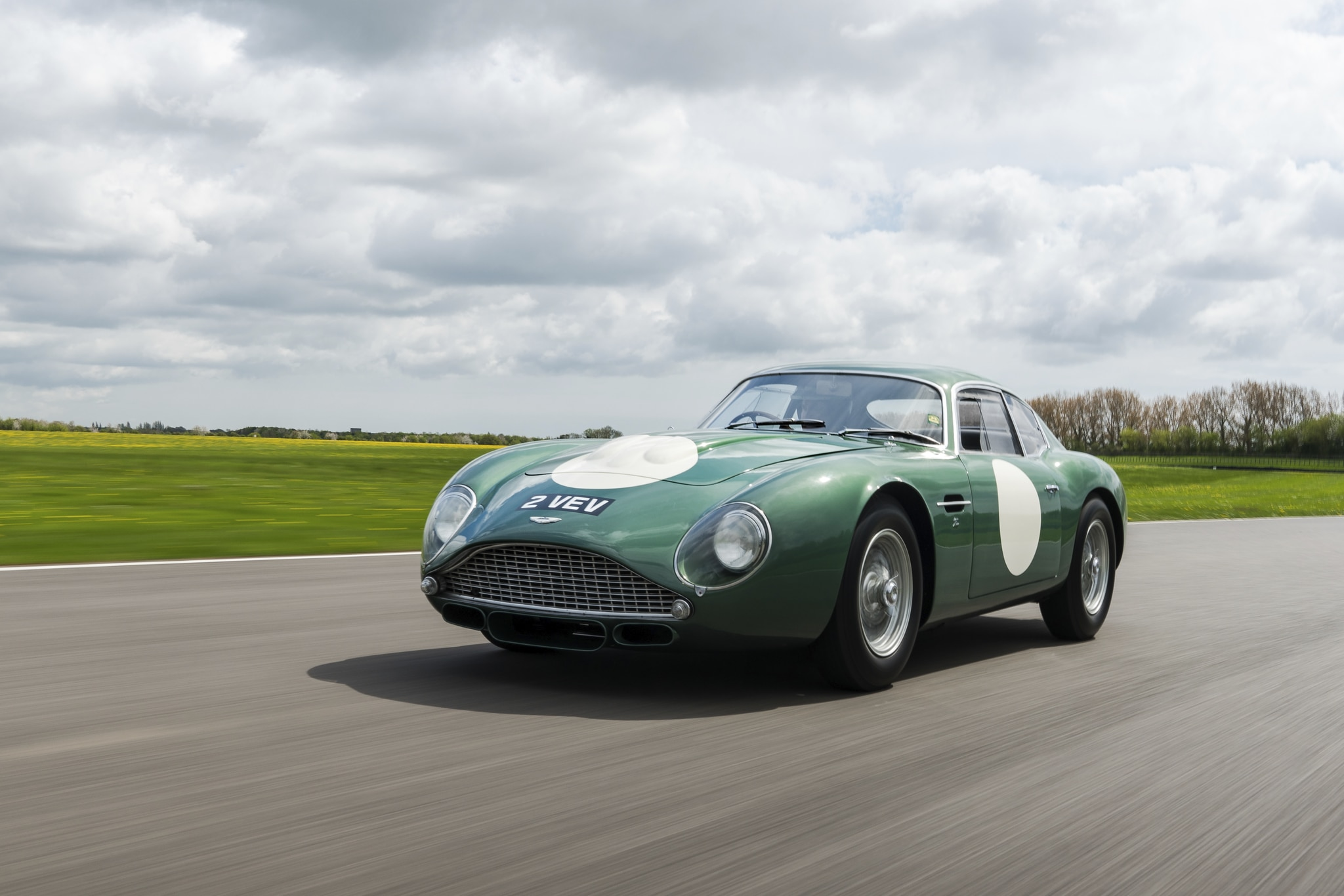 1961 Aston Martin Mp209 Db4gt Zagato Brings 13 302 239 In Record Breaking Bonhams Auction