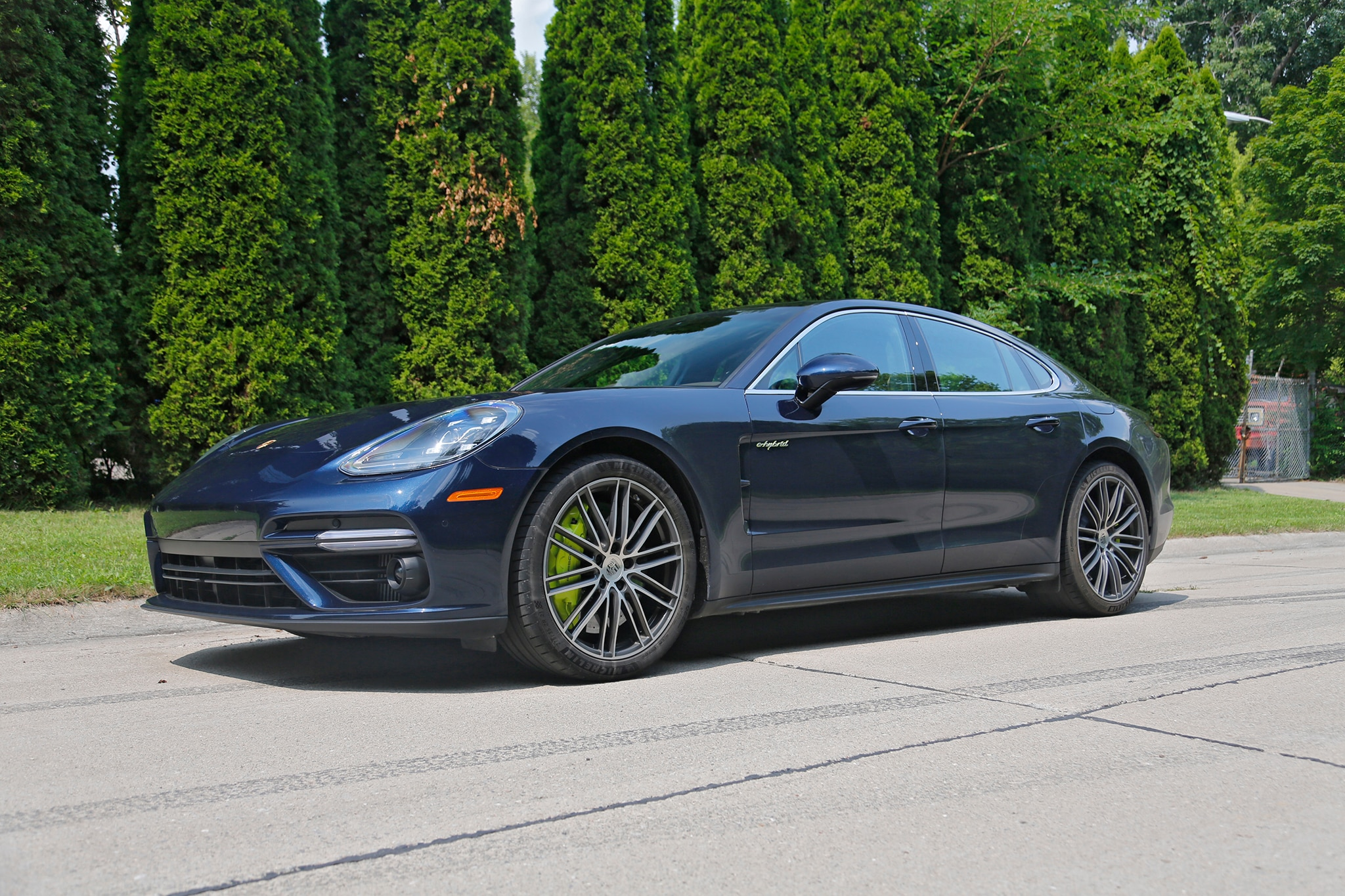 Playing Poser In A 2018 Porsche Panamera Turbo S E Hybrid