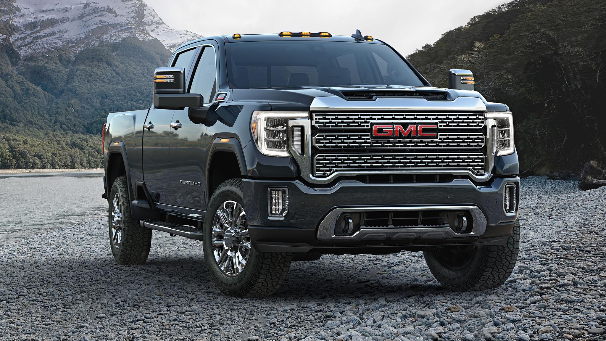 2020 gmc sierra hd debuts  huge grille  huge capability