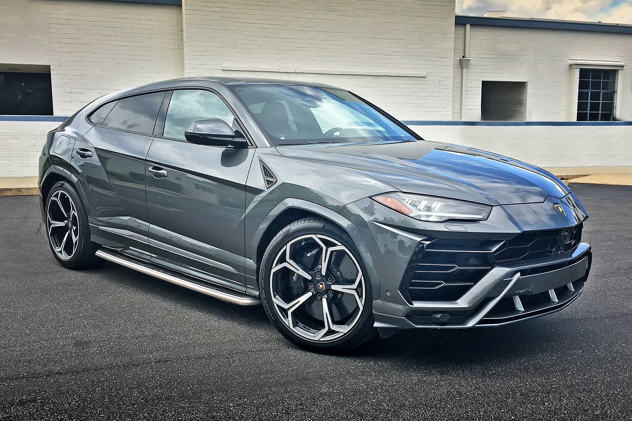 Lamborghini Urus Review There S Absolutely Nothing Else Like It For Now