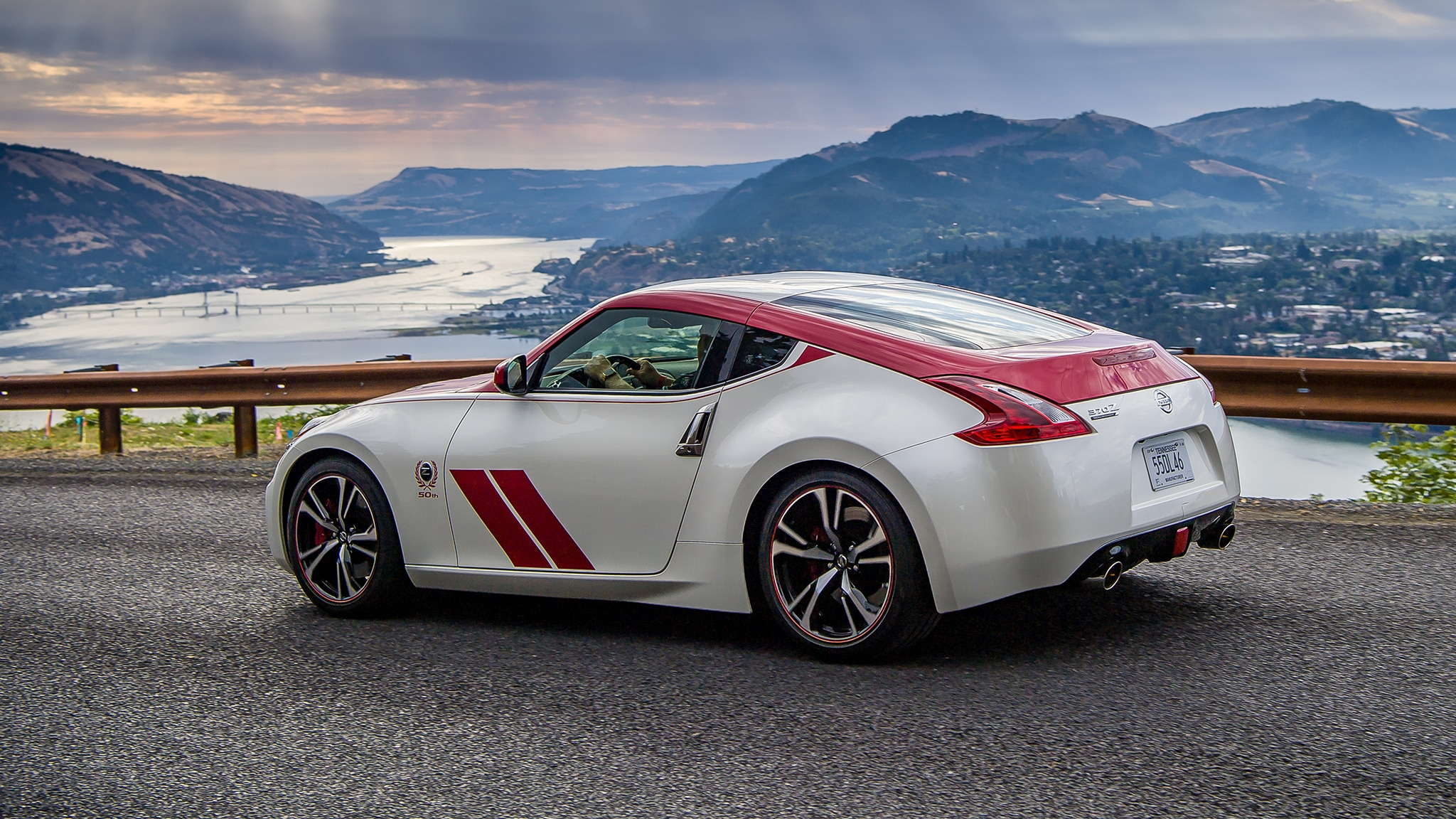 2020 Nissan 370Z Review: It's Ancient—But Still Very Good ...