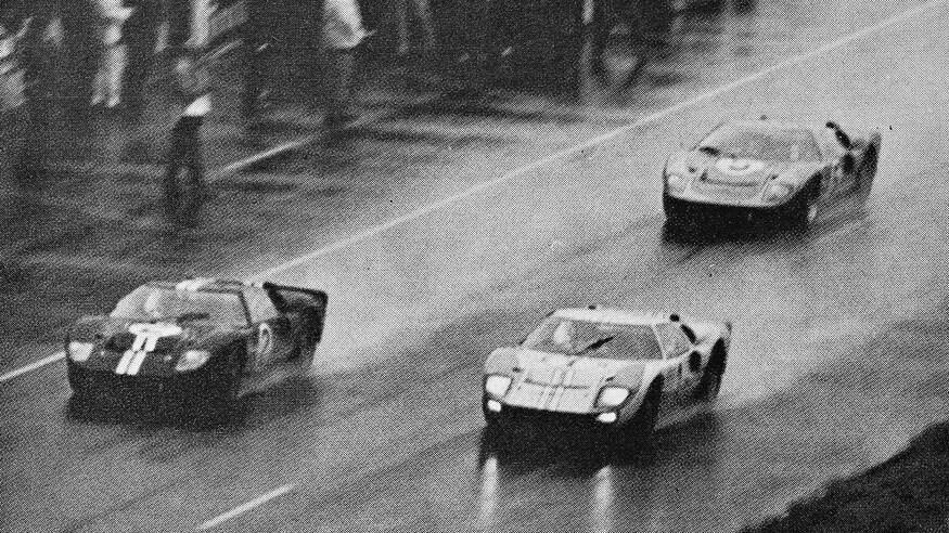 1966 24 Hours Of Le Mans Ford v Ferrari 09