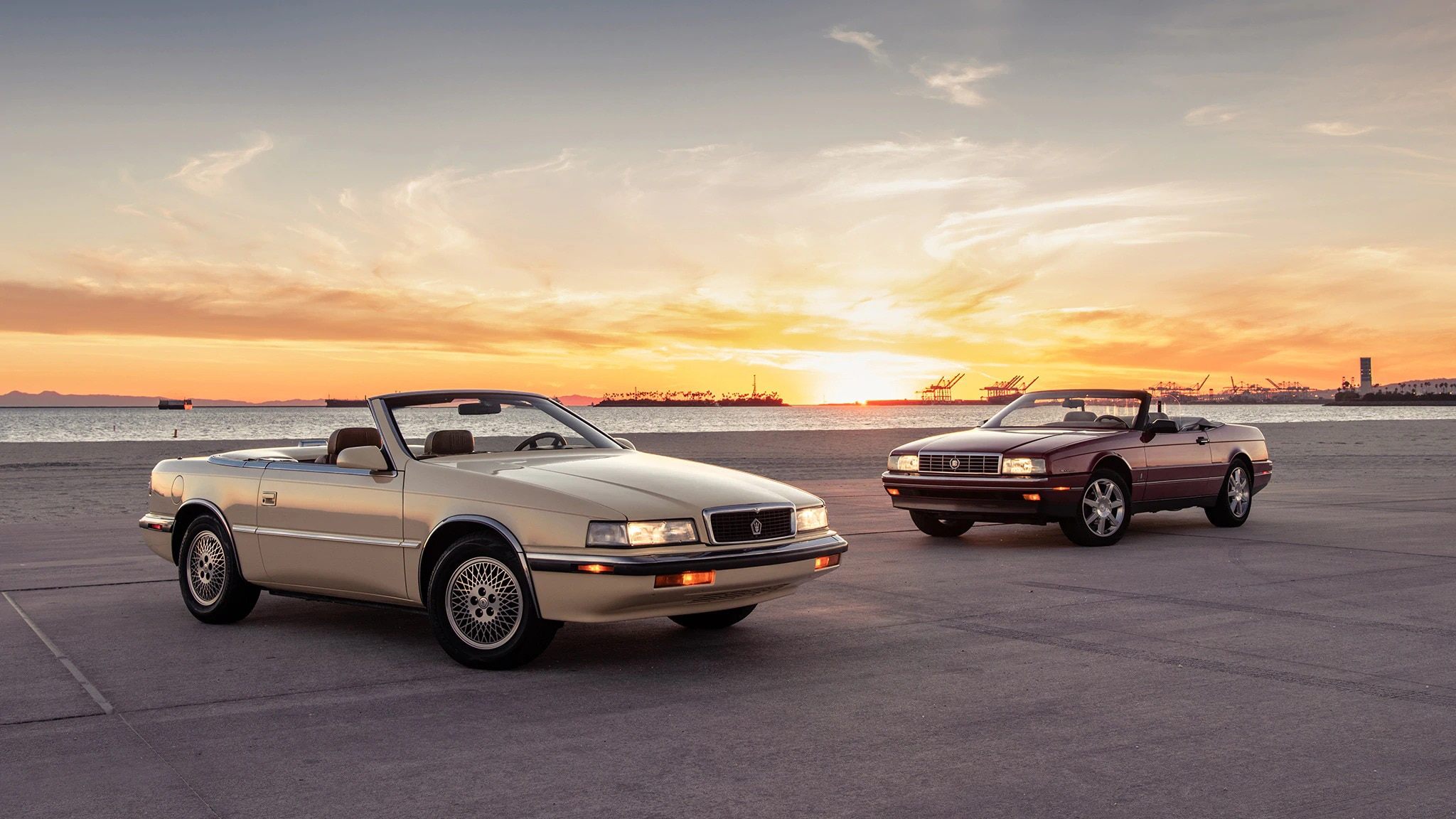Classic Luxury Convertible Comparison: 1989 Chrysler TC by Maserati vs 1993 Cadillac Allanté - Automobile