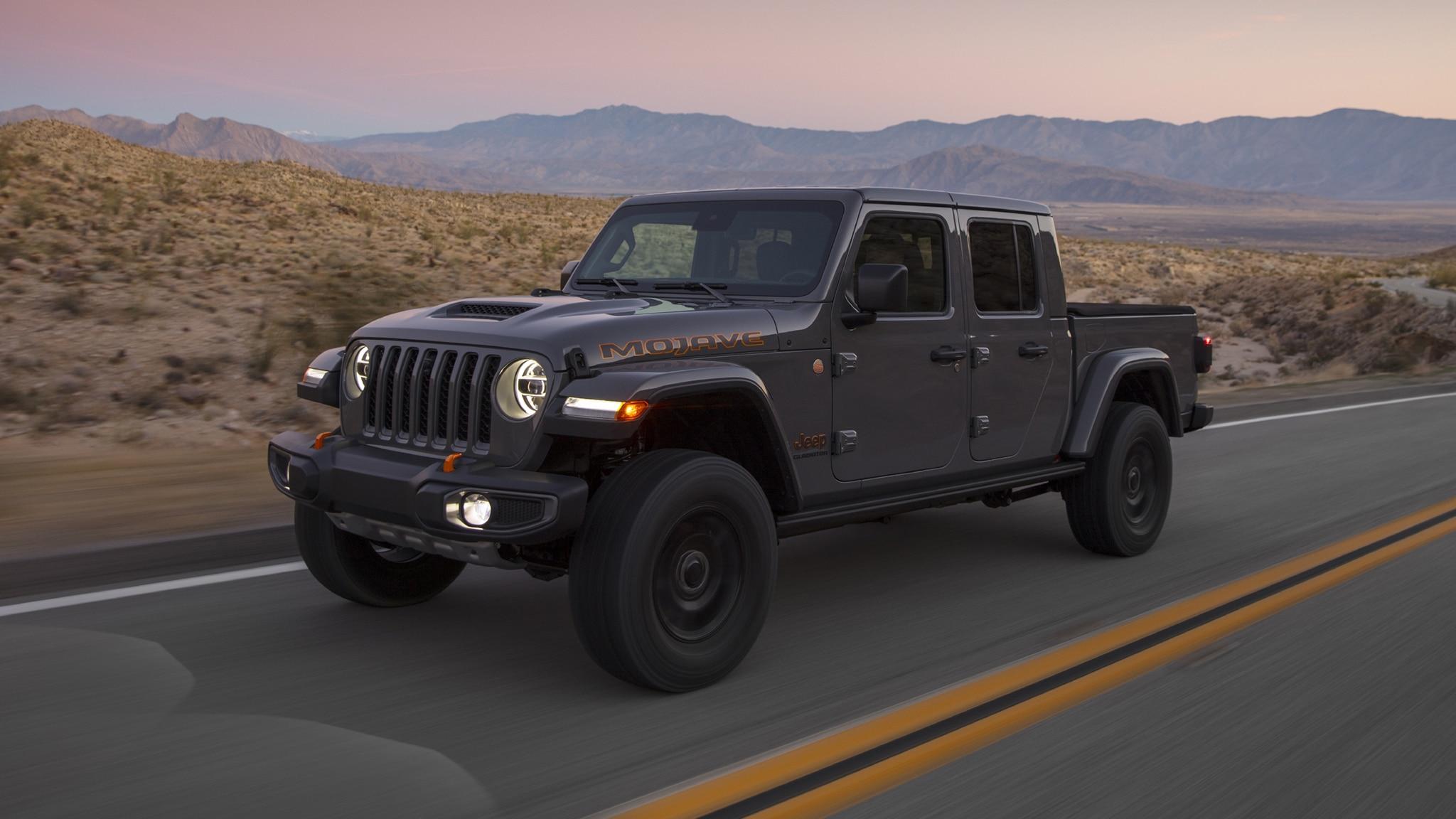 2020 jeep gladiator mojave chicago auto show reveal