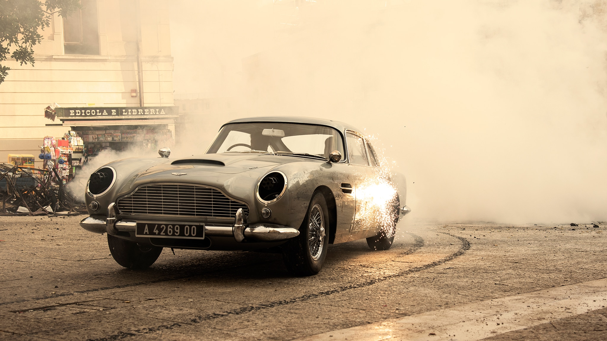 The 3 5 Million James Bond Aston Martin Db5 Gets Wild On The Set Of No Time To Die