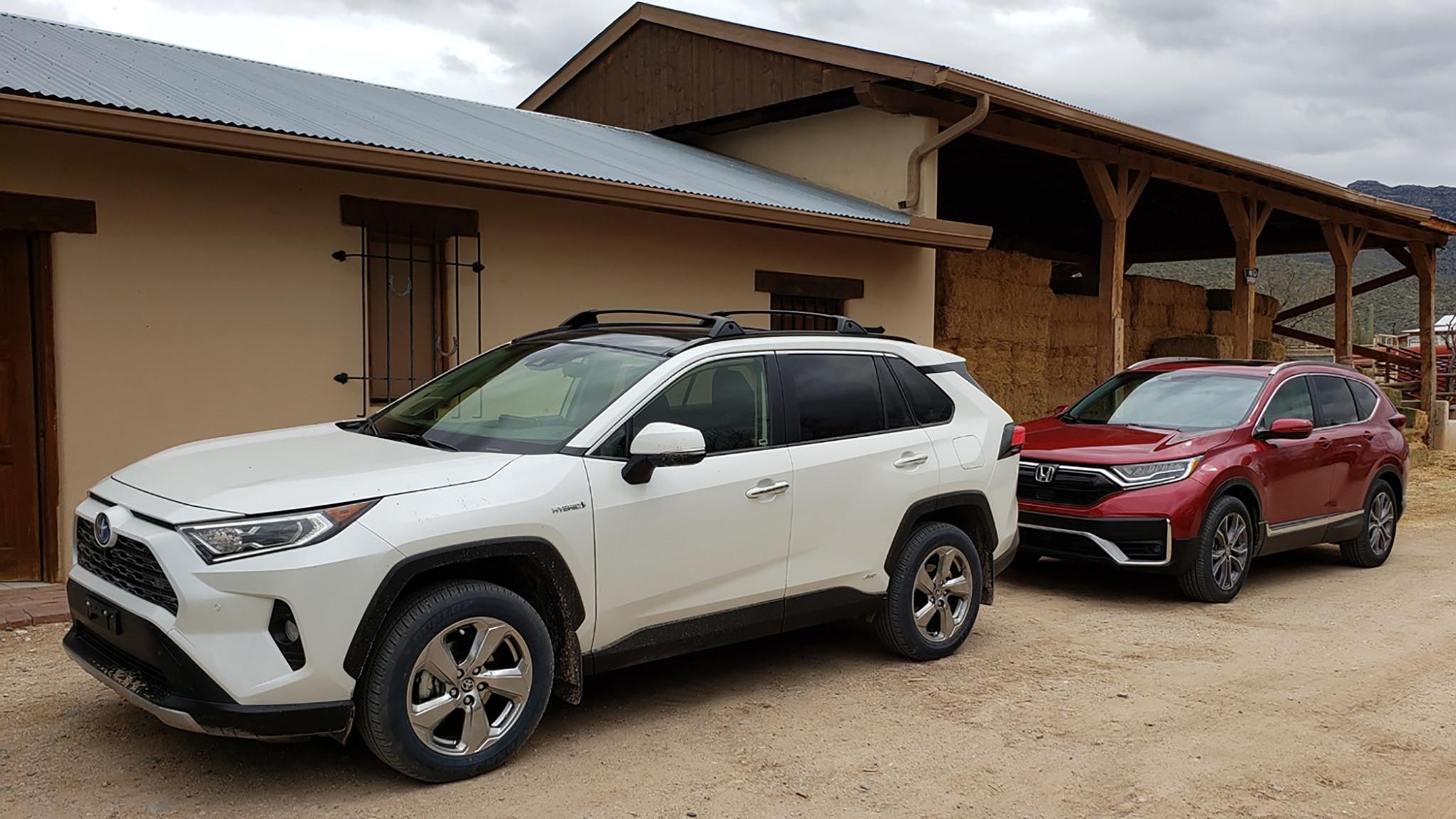 2020 Honda CR-V Hybrid против Toyota RAV4 Hybrid