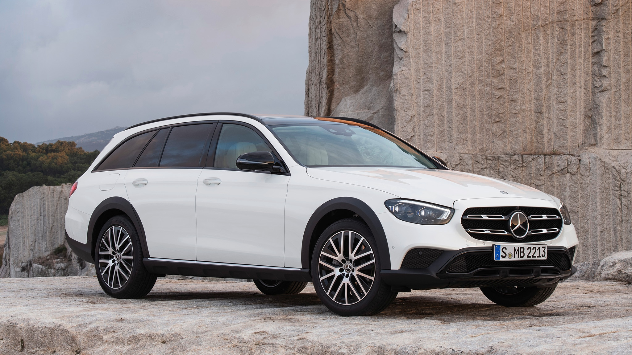 2021 Mercedes Benz E Class All Terrain Elevates State Of Station Wagon Art Literally