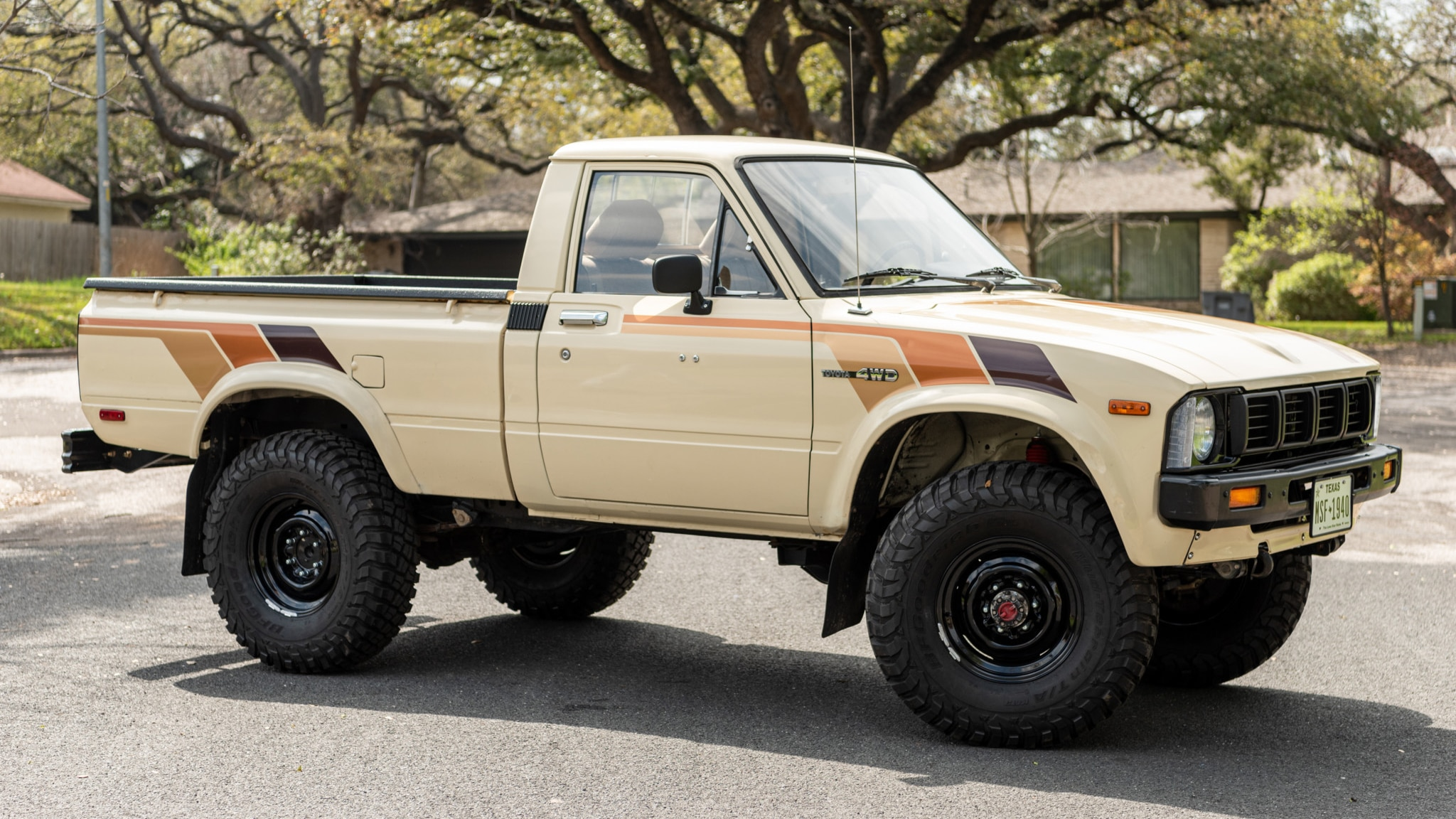 Beyond Perfect 1983 Toyota Pickup Is A Flannel Ready 4x4 Fantasy Machine