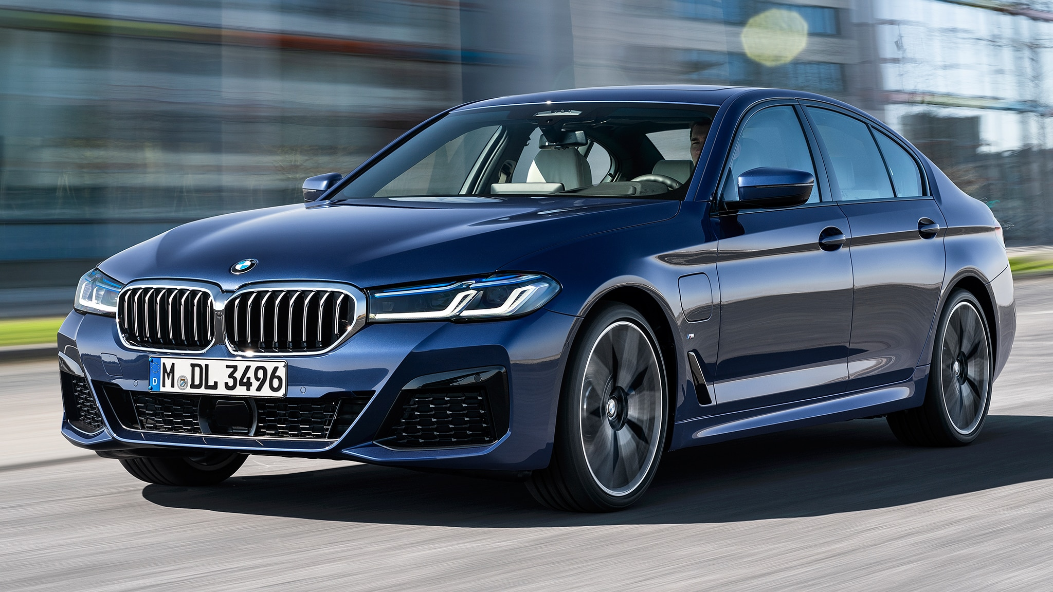2021 BMW 550I Style