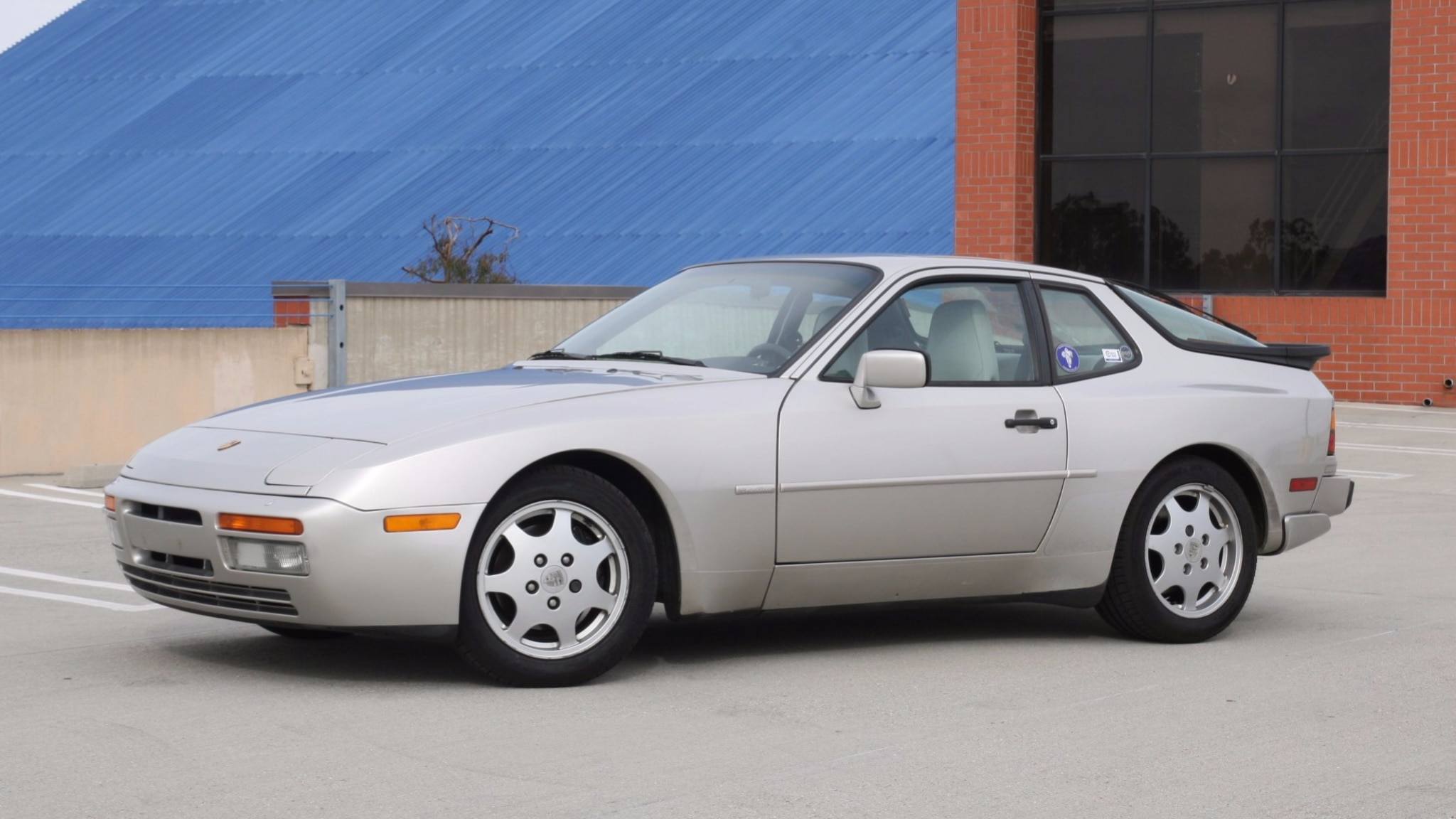 The Porsche 944 History Changes Specifications