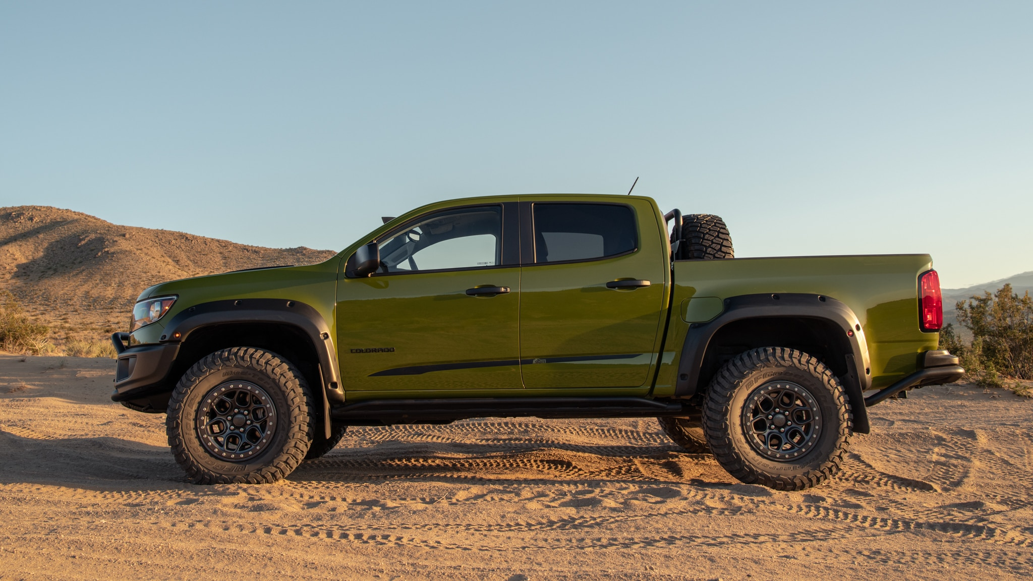 Driven The Ridiculous Awesomely Loaded 2020 Chevrolet Aev Colorado Zr2 Bison
