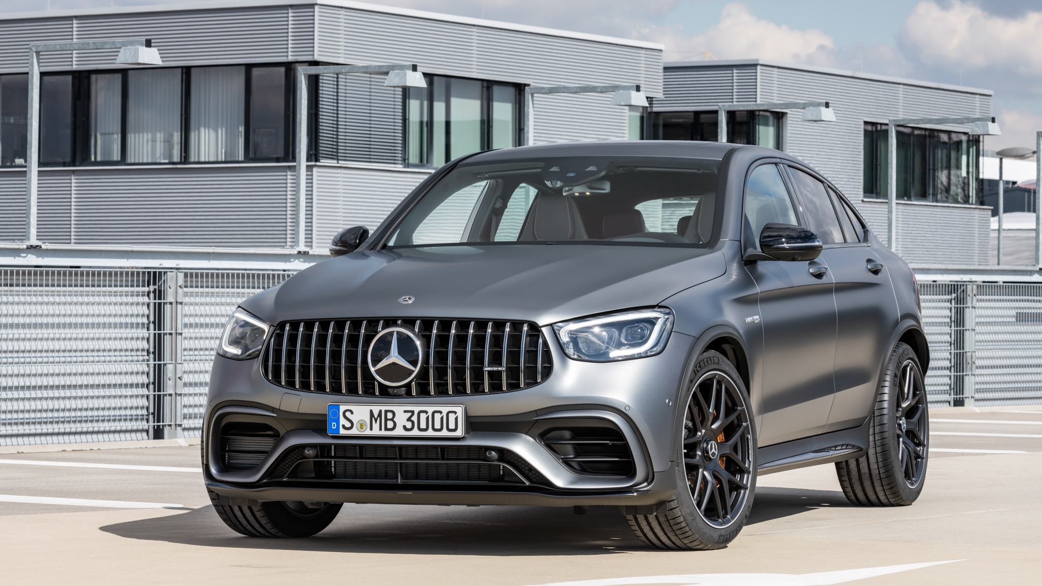 One Week With The Roaring 2020 Mercedes Amg Glc 63 S Coupe Is A Confusing Experience