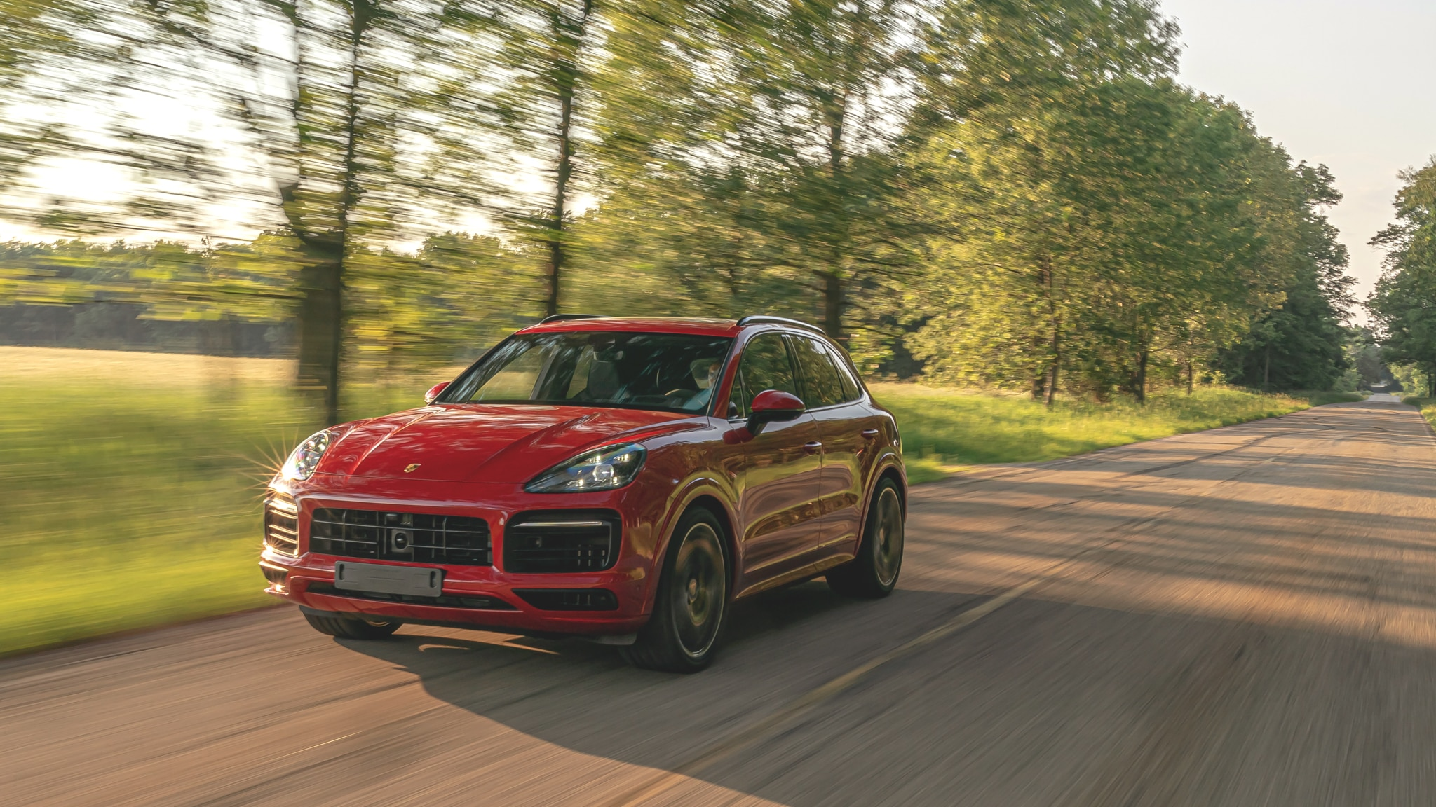 First Drive 2021 Porsche Cayenne Gts Melds V 8 Power And Sporty Handling For A Great Time