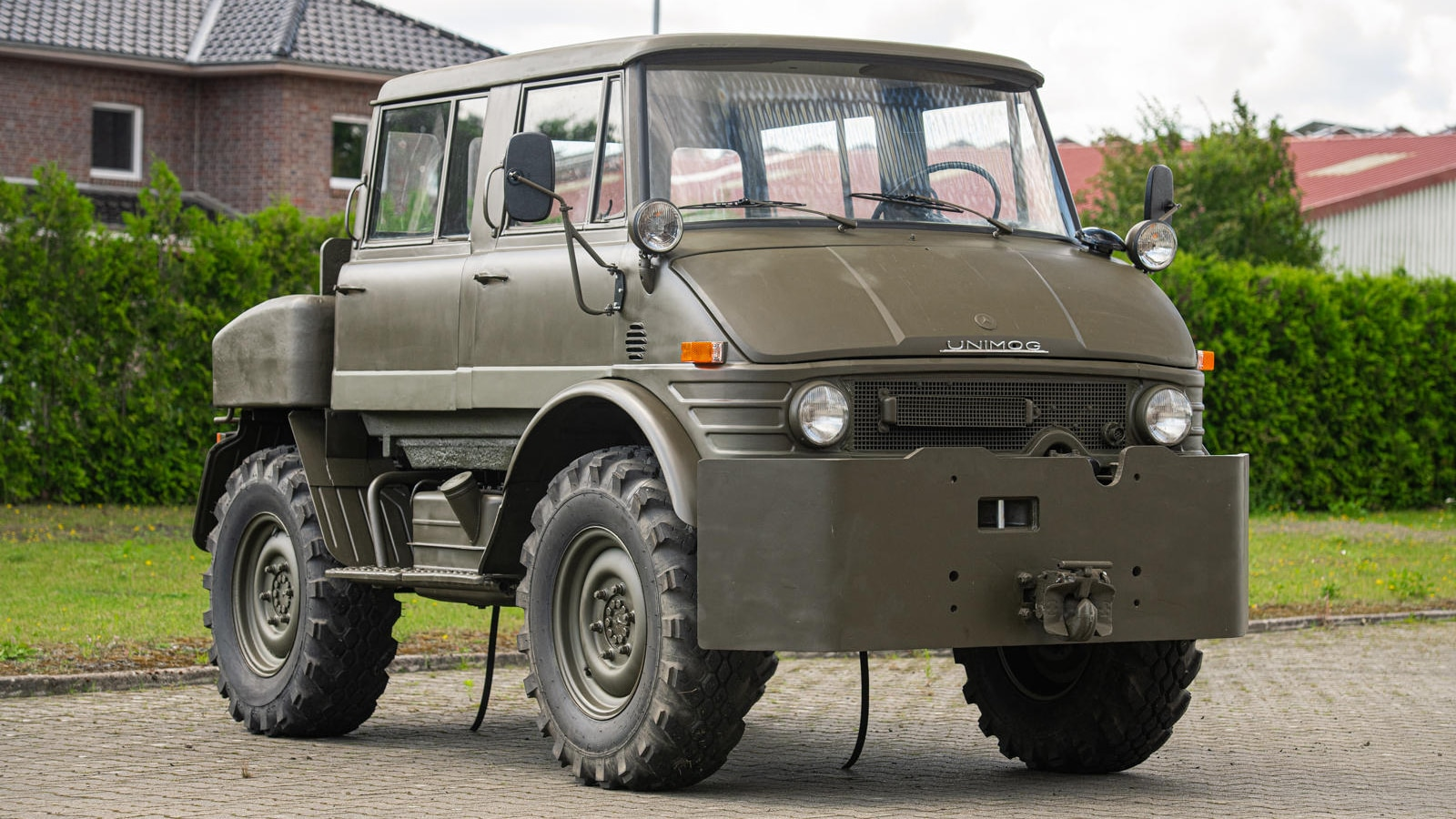 This Weird Military Mercedes-Benz Unimog Is For Sale