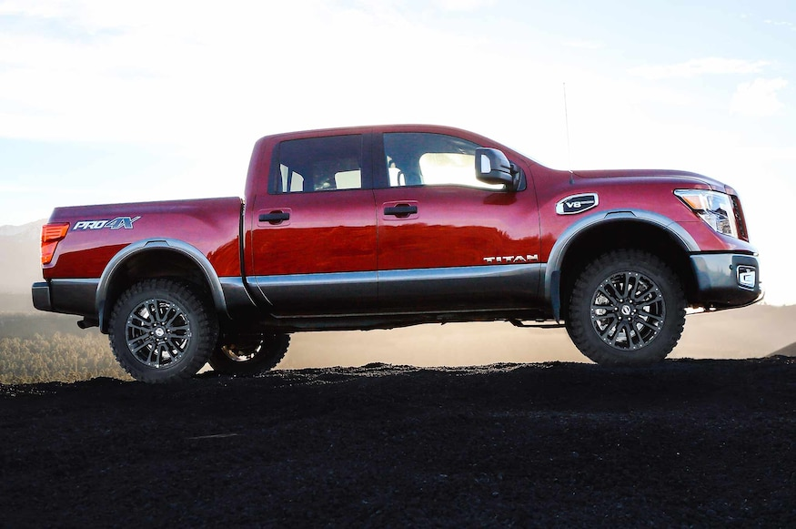 Lifted Nissan Titan >> Give Your Nissan Titan A Lift With This New Factory Kit