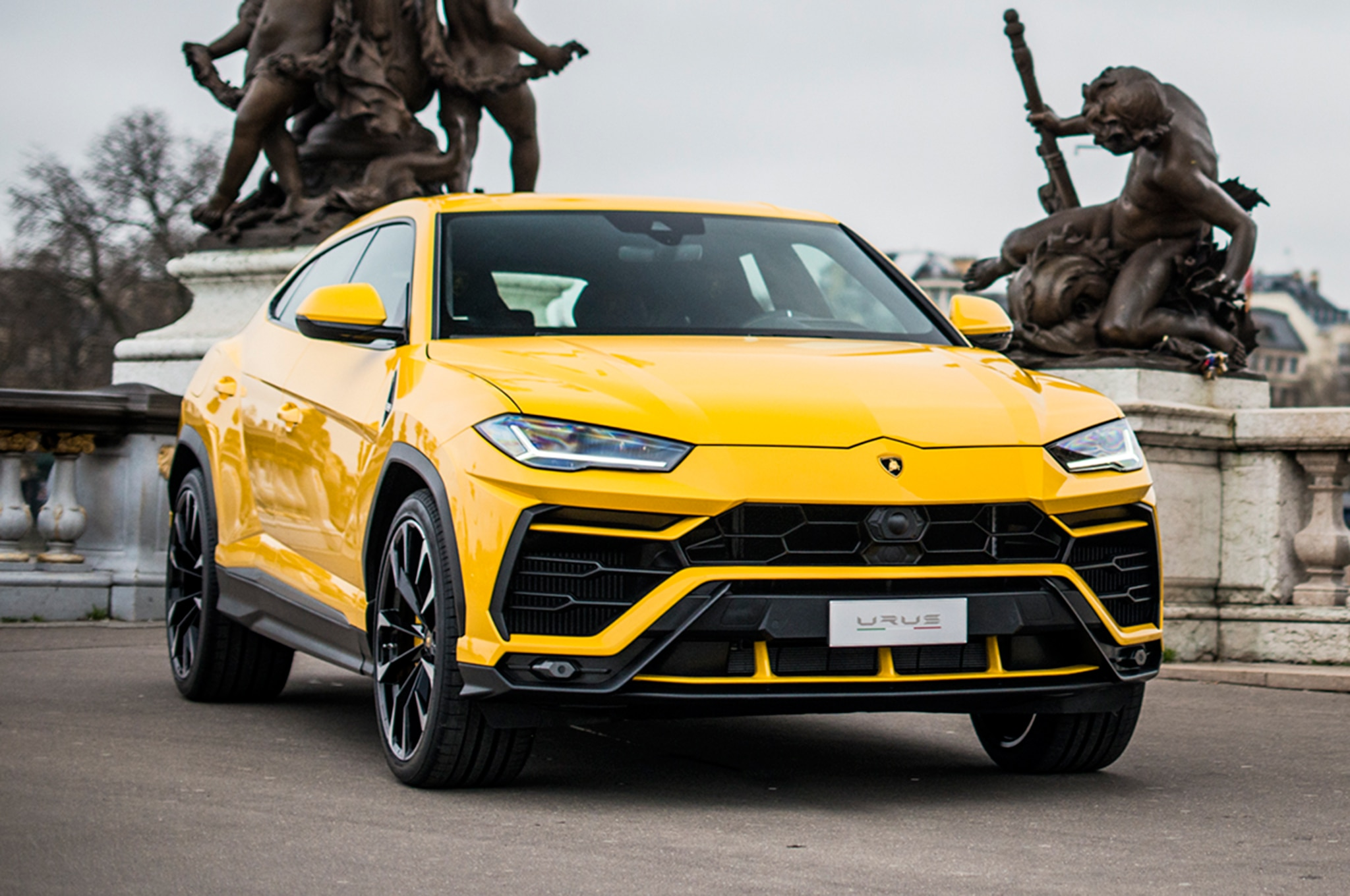 2019 New and Future Cars Lamborghini Urus , Automobile